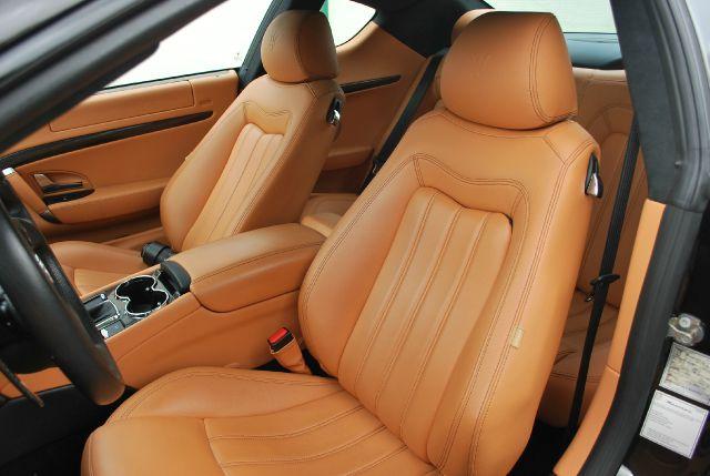 2011 Maserati GranTurismo MC Sport Line - Doral FL