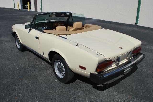 1980 FIAT Pininfarina 2000 - Doral FL