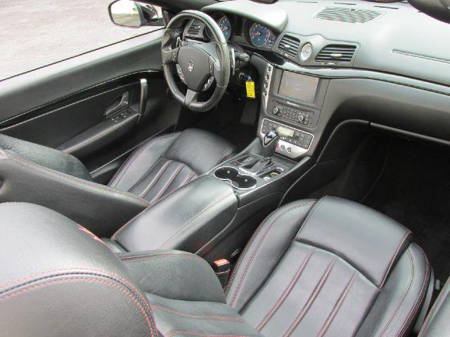 2013 Maserati GranTurismo Base 2dr Convertible - Doral FL