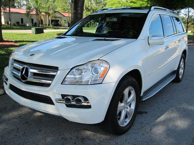 Used 2010 mercedes benz gl class for sale for Mercedes benz financial credit score
