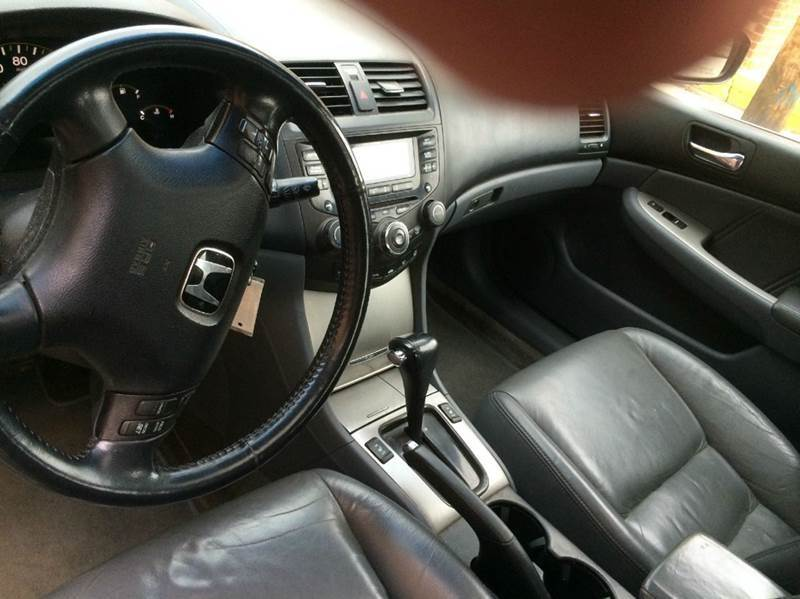 2005 Honda Accord EX V-6 4dr Sedan - Franklin Park IL