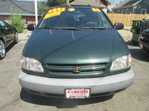 2000 Toyota Sienna for sale in West Allis, WI
