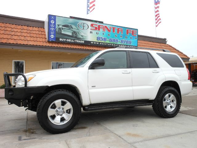 2006 TOYOTA 4RUNNER SR5 2WD V8 white all electrical and optional equipment on this vehicle have be