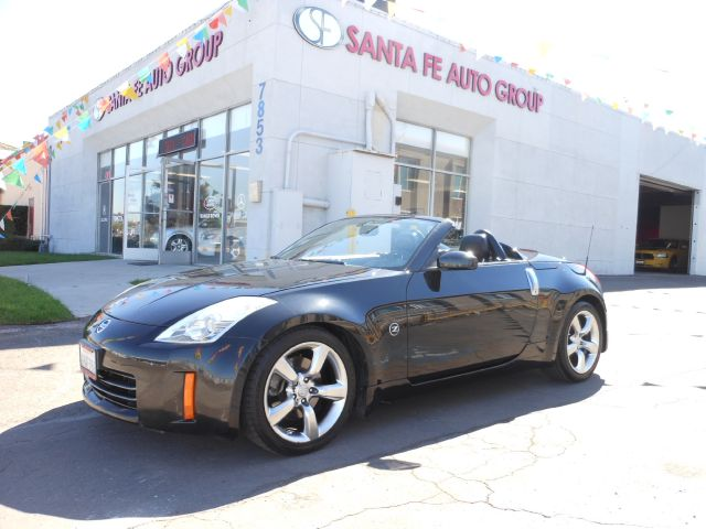 2006 NISSAN 350Z TOURING black there are no electrical concerns associated with this vehicle  the
