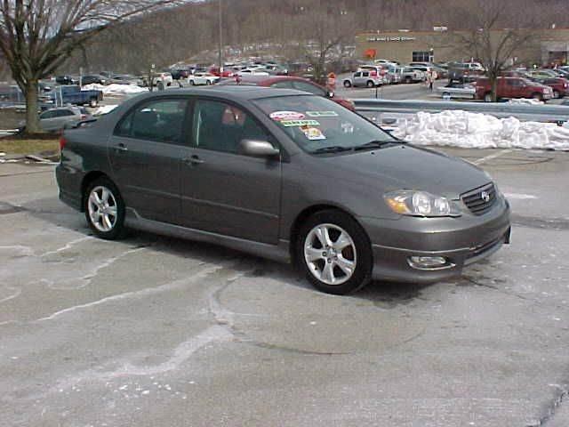 2005 Toyota Corolla XRS 4dr Sedan - Pittsburgh PA