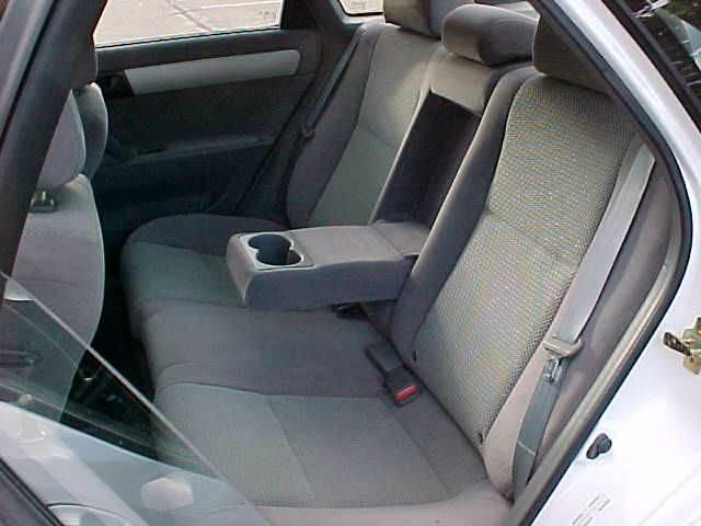 2007 Suzuki Forenza 4dr Sedan w/Popular Package (2L I4 4A) - Pittsburgh PA