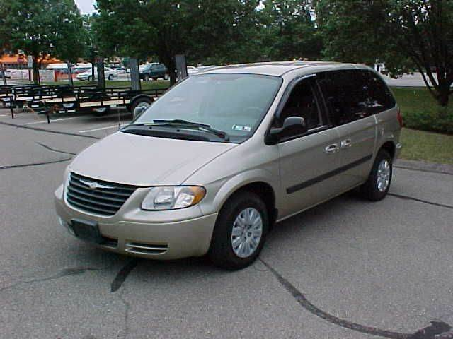 2006 Chrysler Town and Country 4dr Mini-Van - Pittsburgh PA