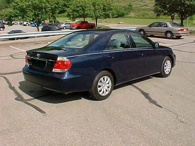 2006 Toyota Camry LE 4dr Sedan w/Automatic - Pittsburgh PA
