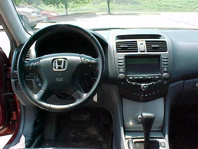 2004 Honda Accord EX V-6 w/Navi 4dr Sedan - Pittsburgh PA