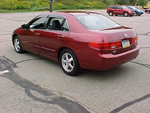 2005 Honda Accord EX w/Leather 4dr Sedan (2.4L 4cyl 5M) - Pittsburgh PA