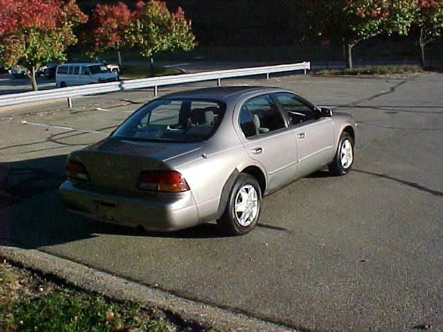 1999 Nissan Maxima GXE 4dr Sedan - Pittsburgh PA