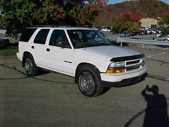 2004 Chevrolet Blazer LS 4WD 4dr SUV - Pittsburgh PA