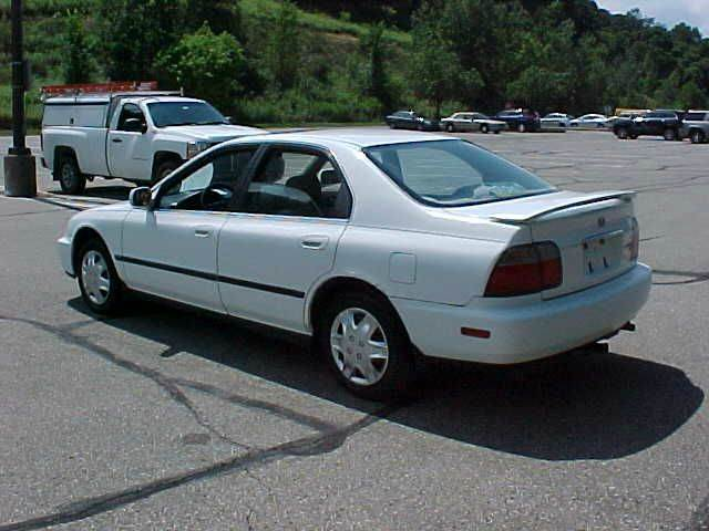 1996 Honda Accord LX 4dr Sedan - Pittsburgh PA