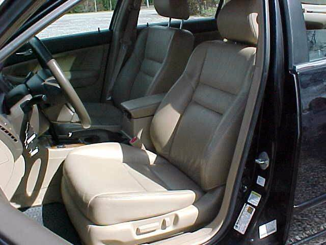 2005 Honda Accord EX 4dr Sedan w/Leather - Pittsburgh PA