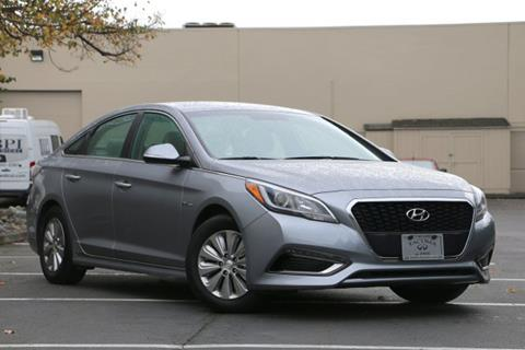 2016 Hyundai Sonata Hybrid for sale in Fife, WA