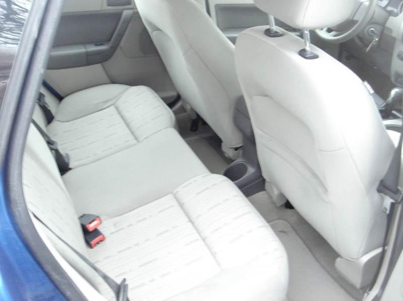 2011 Ford Focus SE 4dr Sedan - Herkimer NY
