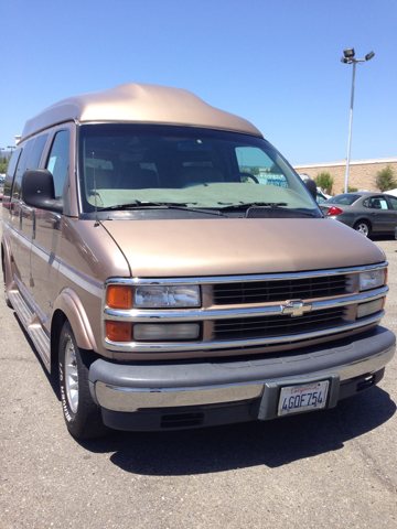 1999 Chevrolet Express for sale in VACAVILLE CA