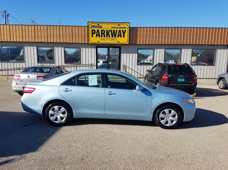 Toyota camry for sale in springfield il for Parkway motors inc springfield il