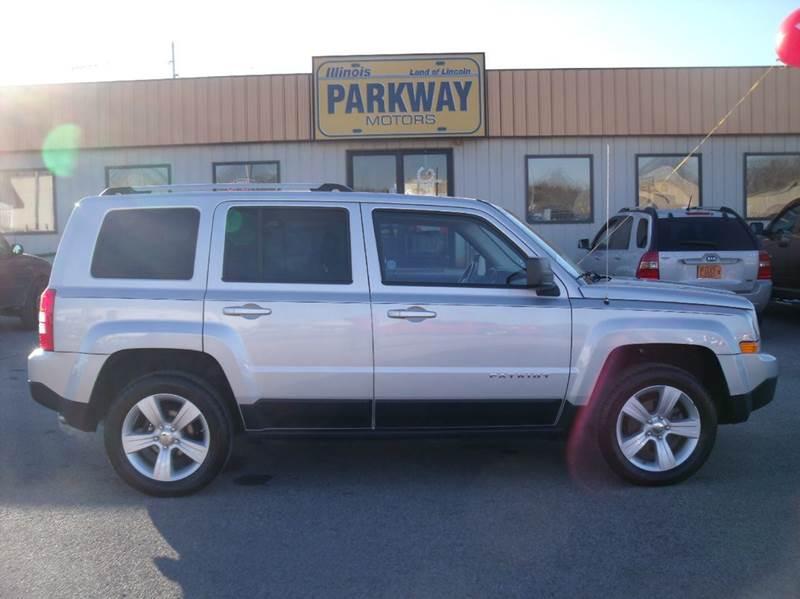 2011 jeep patriot in springfield il parkway motors for Parkway motors inc springfield il