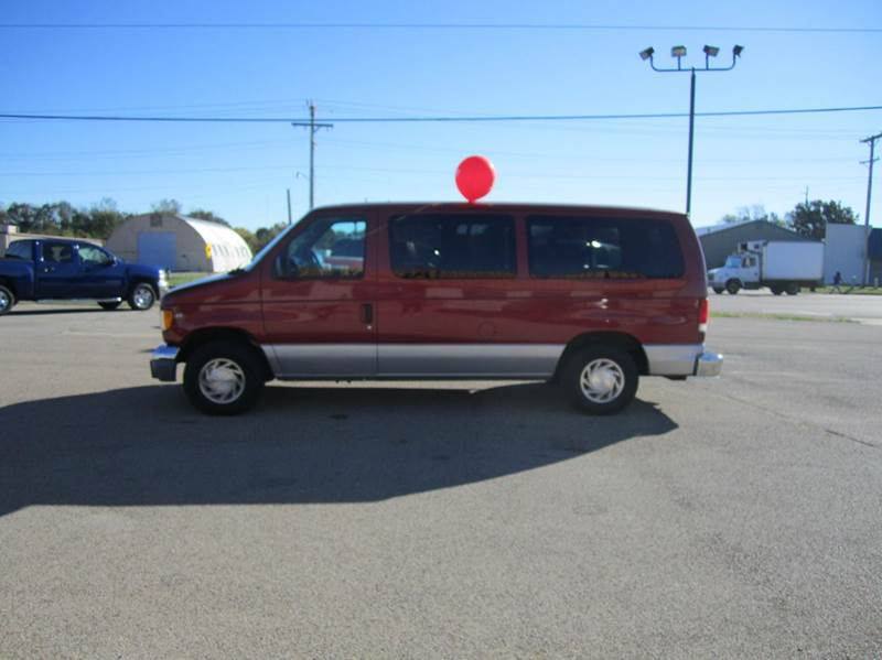 2000 ford e 150 3dr chateau passenger van in springfield for Parkway motors inc springfield il