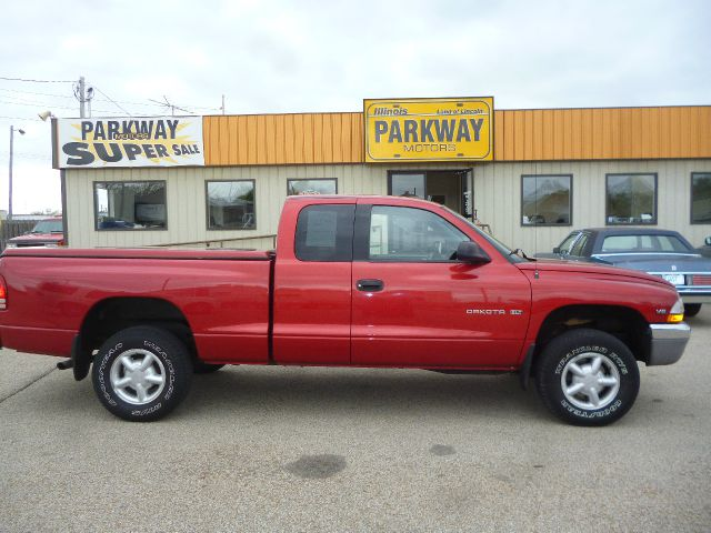 Object moved for Parkway motors inc springfield il