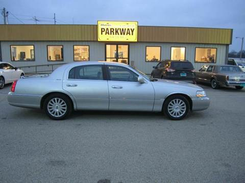 2003 lincoln town car for sale for Parkway motors inc springfield il