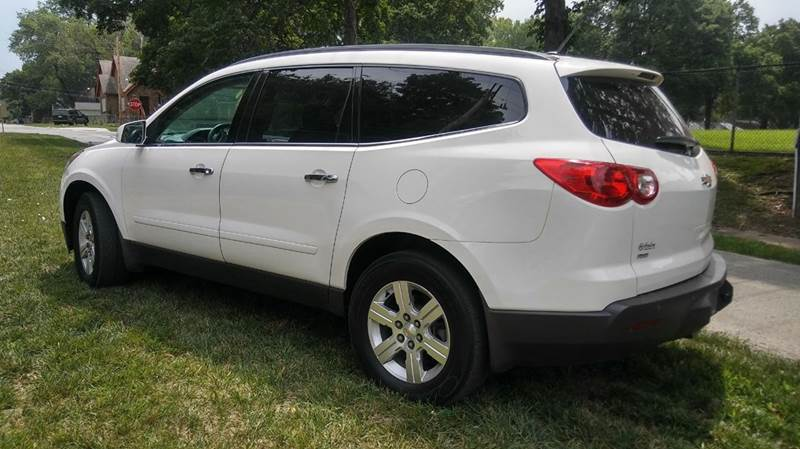 2012 Chevrolet Traverse AWD LT 4dr SUV w/ 1LT - Kansas City MO