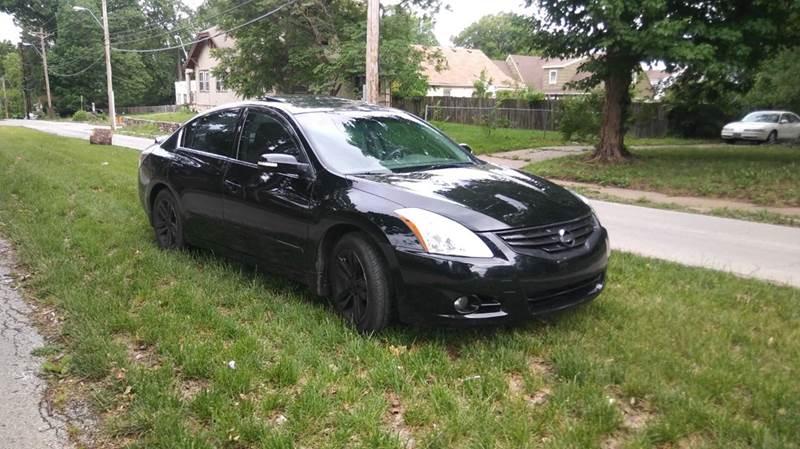 2010 Nissan Altima 3.5 SR 4dr Sedan - Kansas City MO