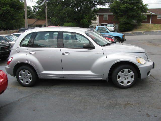 2006 Chrysler PT Cruiser Base - St. Charles MO