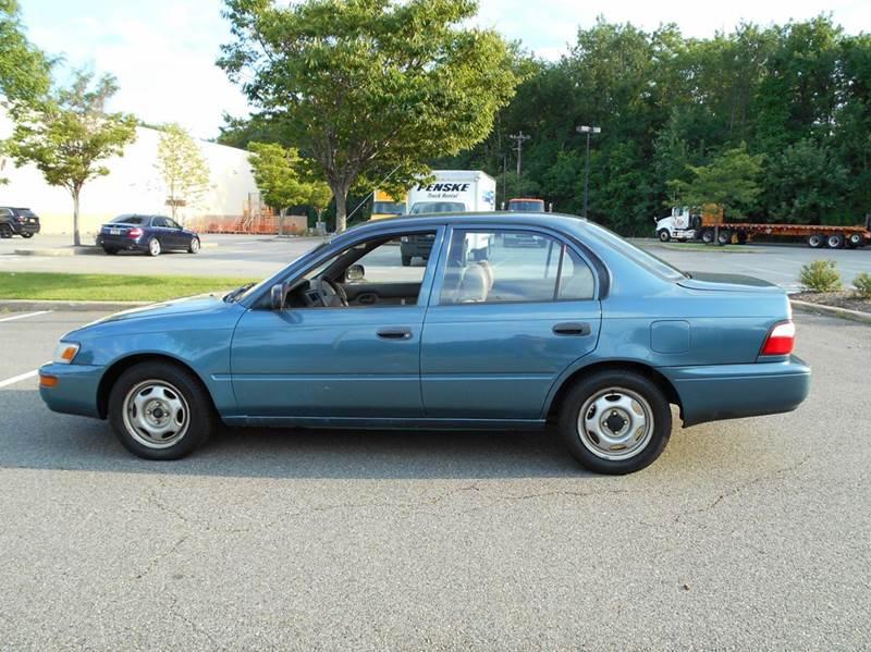 1996 Toyota Corolla 4dr Sedan - Vauxhall NJ