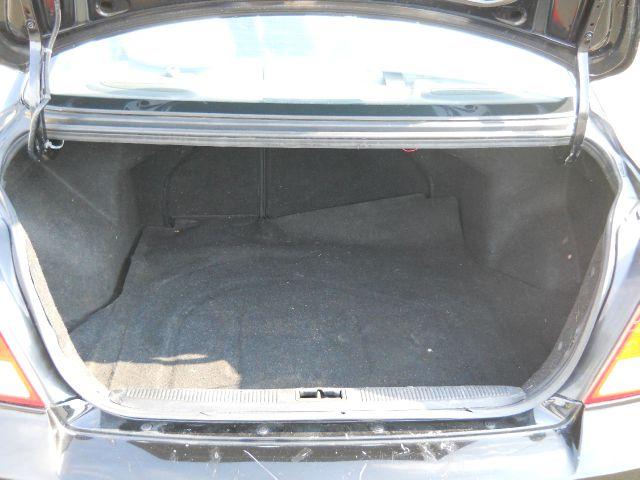 2003 Hyundai Elantra GLS  - Vauxhall NJ