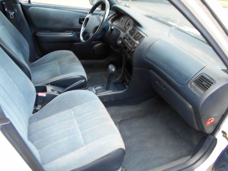 1997 Toyota Corolla DX 4dr Sedan - Vauxhall NJ
