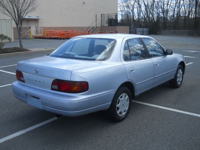 1995 toyota camry dx in vauhxall nj all auto x change. Black Bedroom Furniture Sets. Home Design Ideas