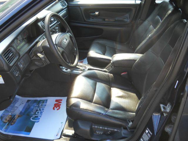 1998 Volvo S70  - Vauxhall NJ