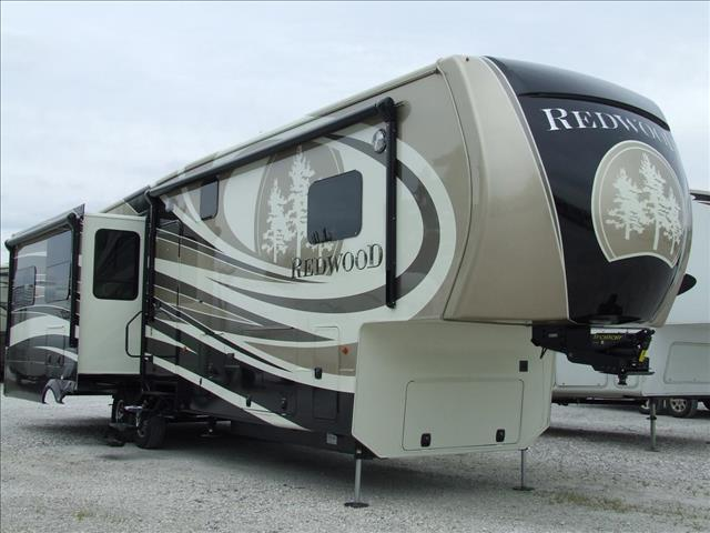 2015 Redwood RV Redwood 38GK
