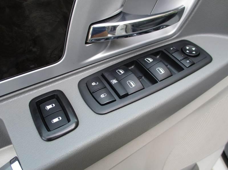 2010 Dodge Grand Caravan SXT 4dr Mini-Van - Apex NC
