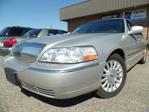 2004 Lincoln Town Car for sale in Olive Branch, MS