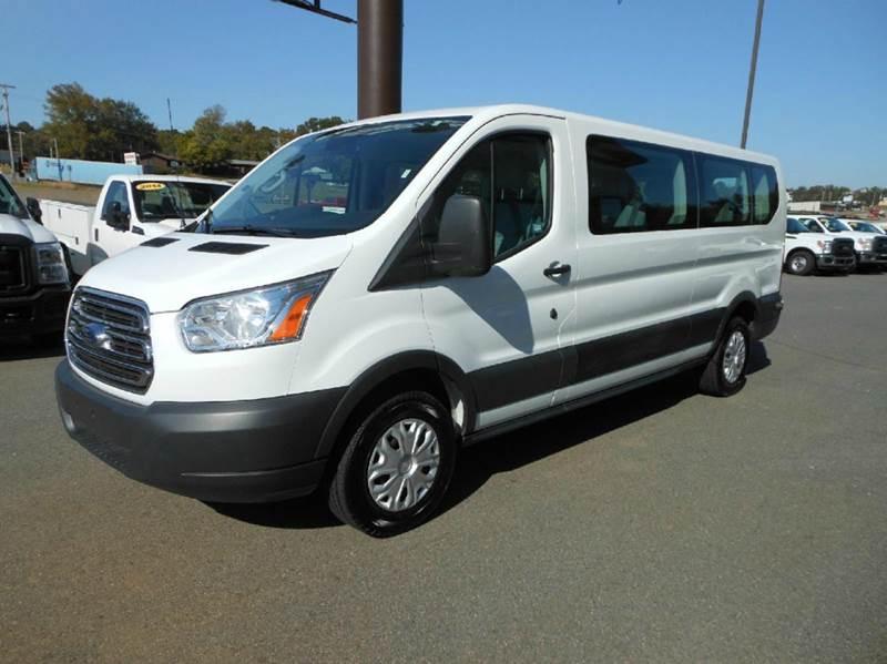 2015 ford transit wagon 350 xl 3dr lwb low roof passenger. Black Bedroom Furniture Sets. Home Design Ideas