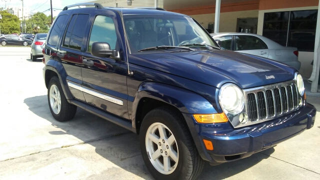 2005 JEEP LIBERTY LIMITED 4WD 4DR SUV W 28F blue anti-theft system - alarm axle ratio - 373 c