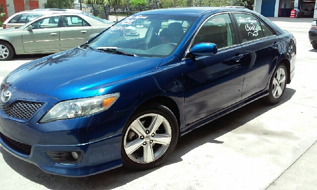2011 TOYOTA CAMRY SE 4DR SEDAN 6A blue 2-stage unlocking doors abs - 4-wheel air filtration ai