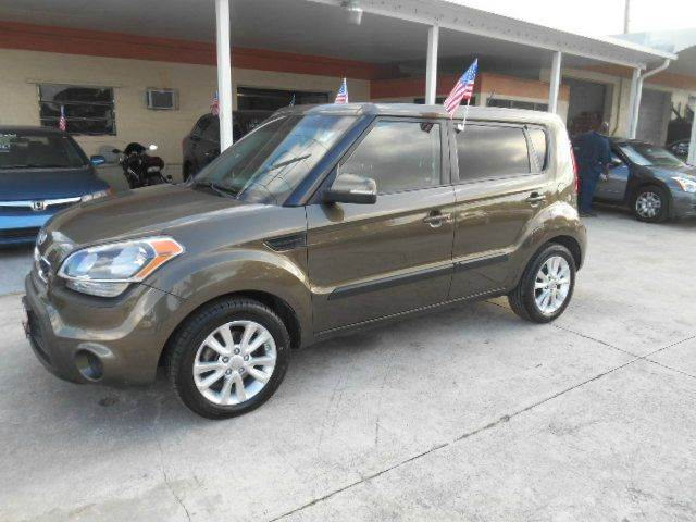 2012 KIA SOUL  4DR WAGON bronze abs - 4-wheel active head restraints - dual front airbag deact