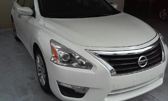 2014 NISSAN ALTIMA 25 S 4DR SEDAN white 2-stage unlocking doors abs - 4-wheel active head rest