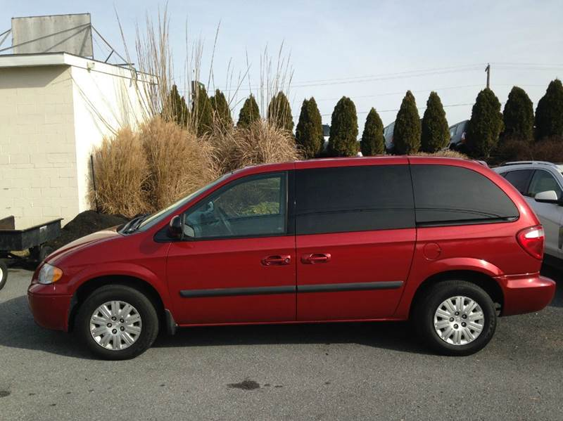 2005 chrysler town and country 4dr mini van in atglen pa. Black Bedroom Furniture Sets. Home Design Ideas