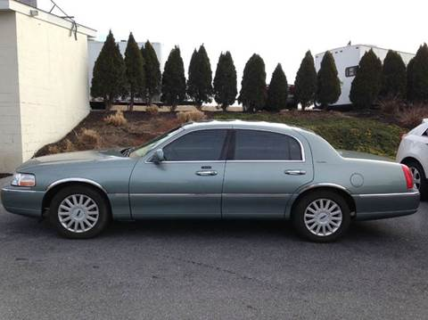 2005 Lincoln Town Car for sale in Atglen, PA