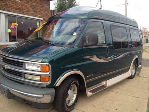 1999 Chevrolet Express for sale in Detroit, MI