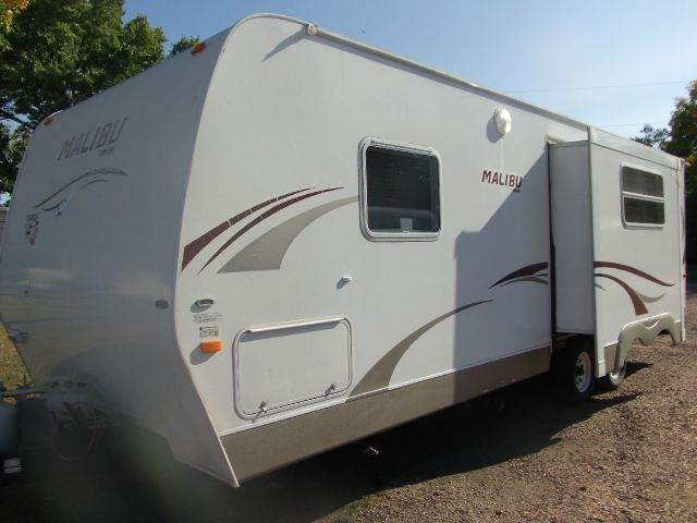 2008 Malibu Travel Trailer