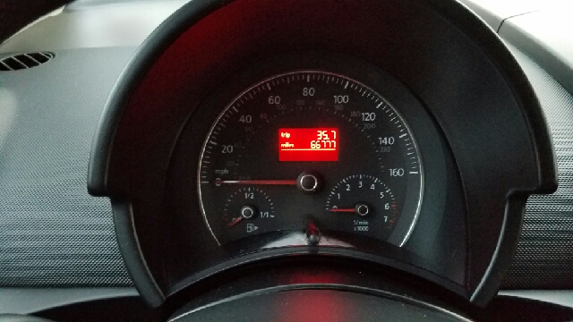 2006 Volkswagen New Beetle 2.5 2dr Hatchback w/Automatic - Seattle WA