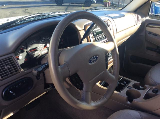 2005 Ford Explorer Eddie Bauer 4WD 4dr SUV - Seattle WA