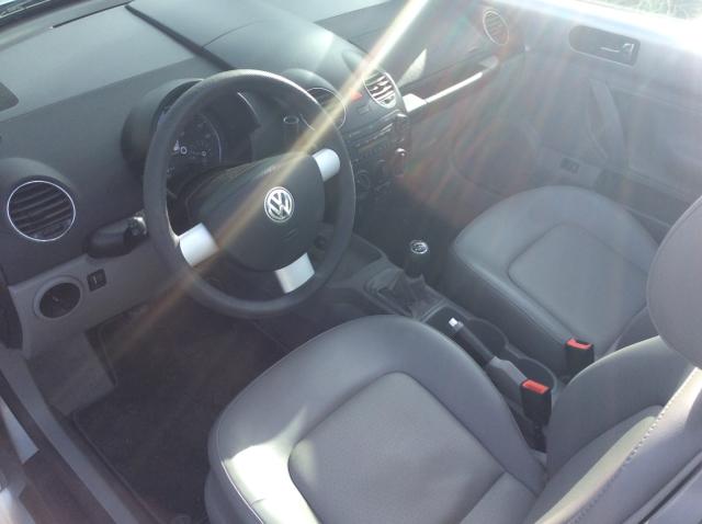 2006 Volkswagen New Beetle 2.5 2dr Convertible w/Manual - Seattle WA