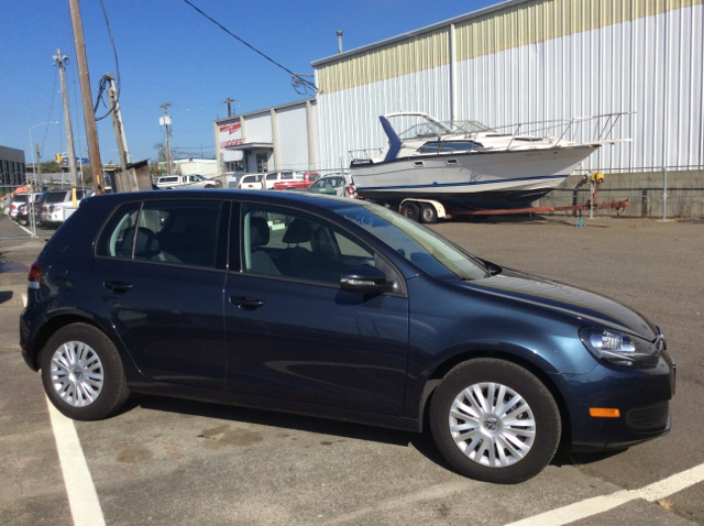 2014 Volkswagen Golf 2.5L PZEV 4dr Hatchback 6A w/Convenience and Sunroof - Seattle WA
